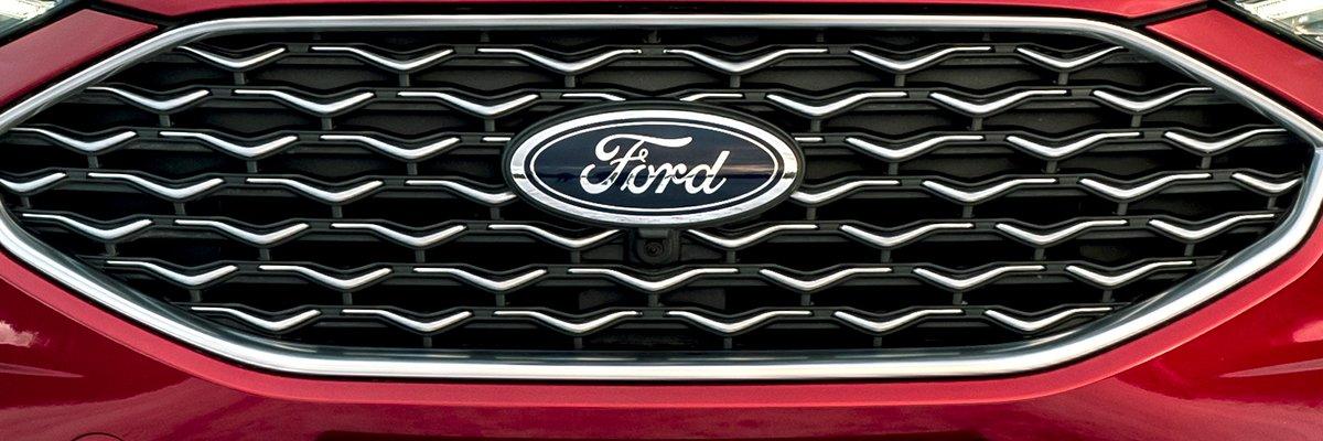 Ford-Edge-grille-logo-car-PR-hero.jpg