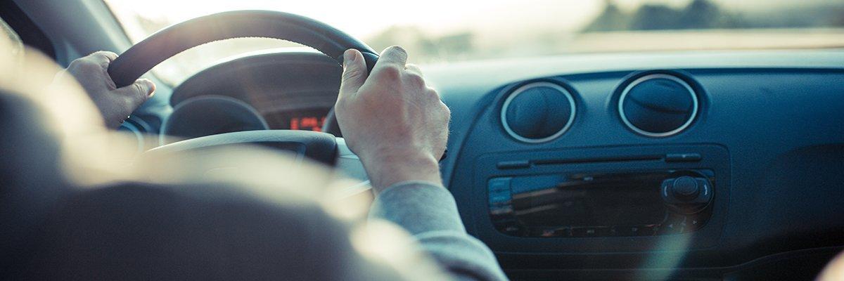 car-drive-steer-lhd-fotolia.jpg