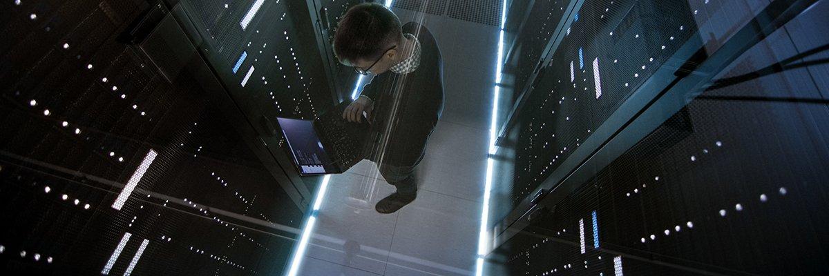 datacenter-monitoring-2-adobe.jpg