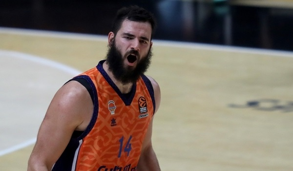 bojan-dubljevic-celebrates-valencia-basket-eb20.jpg