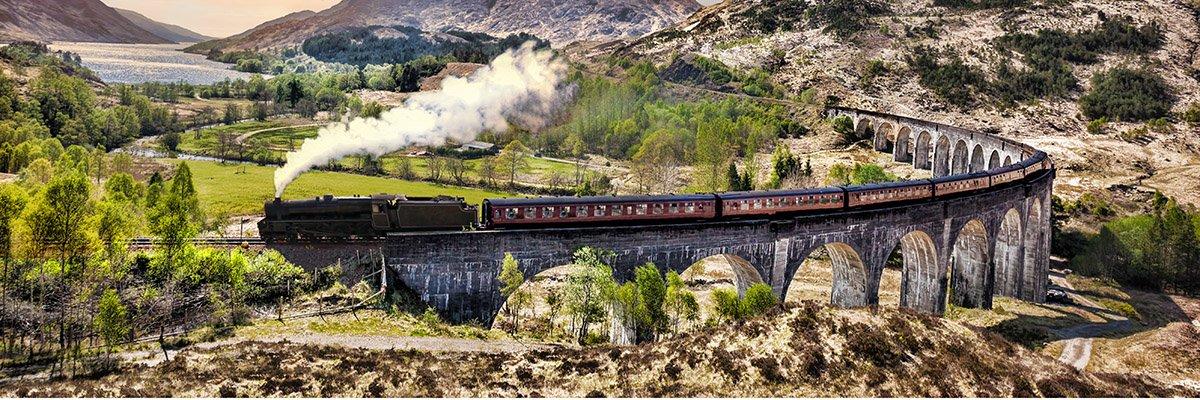 Train-hero-AdobeStock_110968730.jpg