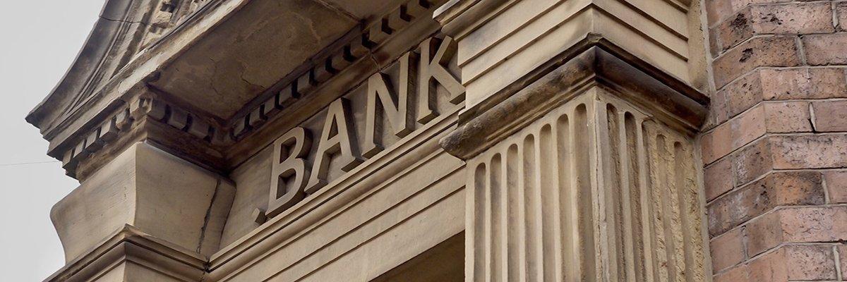 bank-branch-finance-money-Pefkos-adobe.jpg